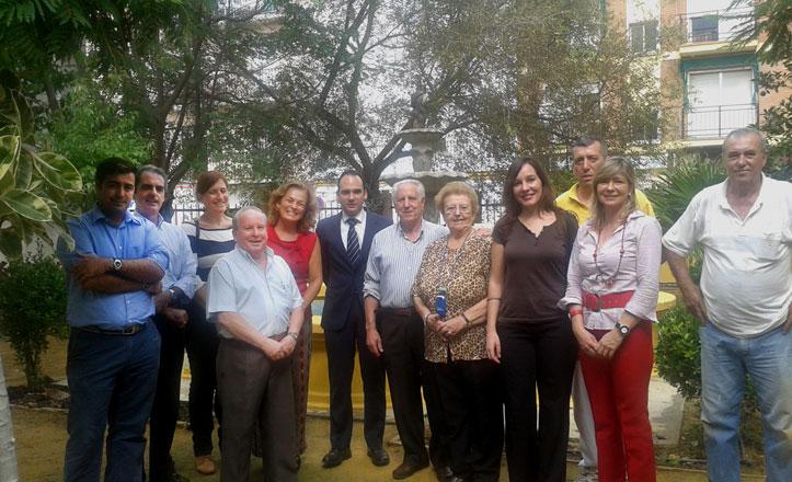 Mejoras en los jardines del Hogar del Pensionista en Bellavista