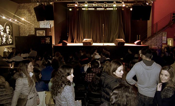 Noche de monólogos en Sala Fanatic