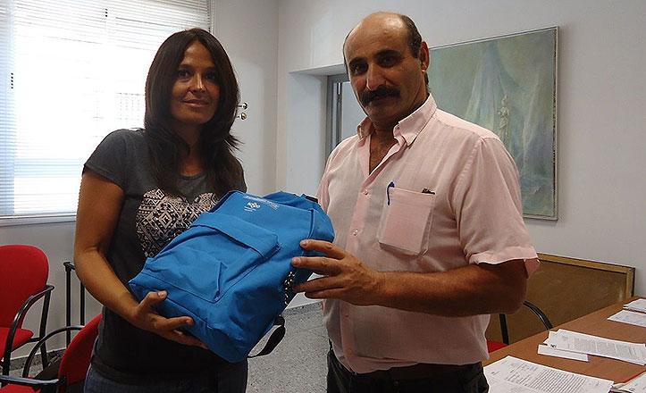 Finaliza-la-entrega-de-material-escolar-en-el-distrito-macarena