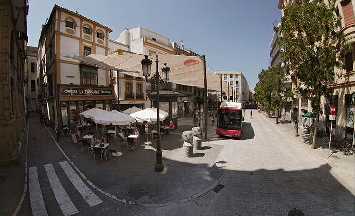 Estado actual de la plaza de La Campana