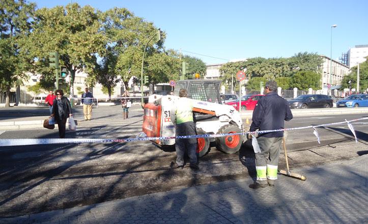 Comienzan las labores de reasfaltado de la avenida San Juan de Ribera