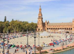 El Seat 600 causa furor en Sevilla