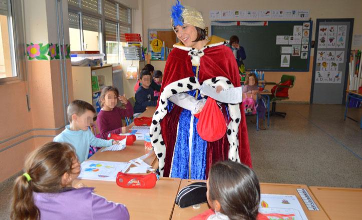 El Cartero Real llega a los colegios de la Macarena
