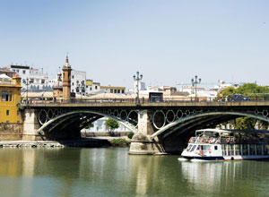 El puente «parisino» de Triana