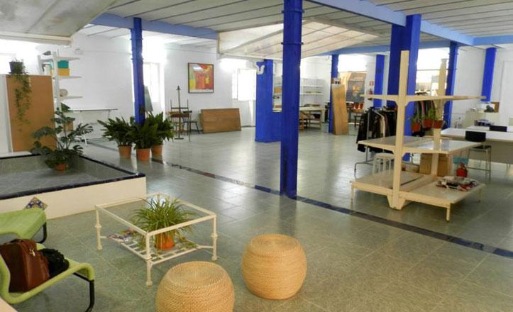 Abre la exposición «Cadiz de ida y vuelta» en la Macarena