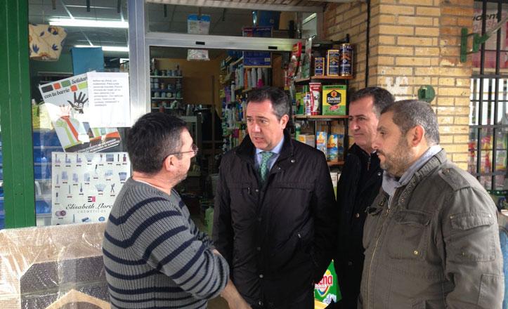 Espadas denuncia el cambio de ubicación del mercadillo de Pino Montano