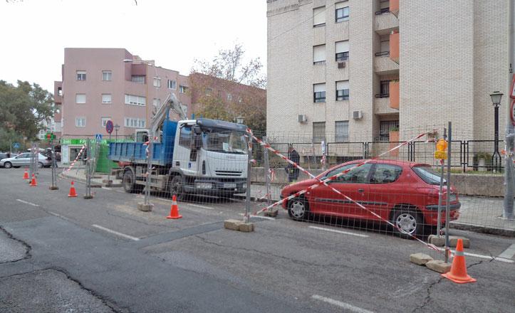 Obras de sustitución de saneamiento en la calle Bogotá