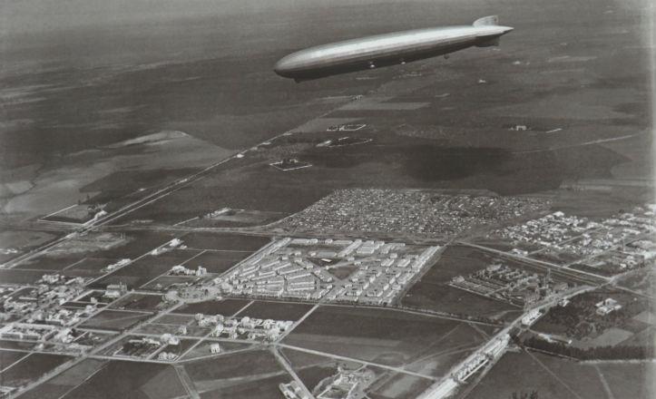 Vuelo del Graf Zeppelin en el año 1930