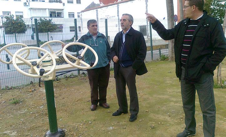 El PSOE tacha de «chapuza» la zona verde en la plaza Princesa de Asturias