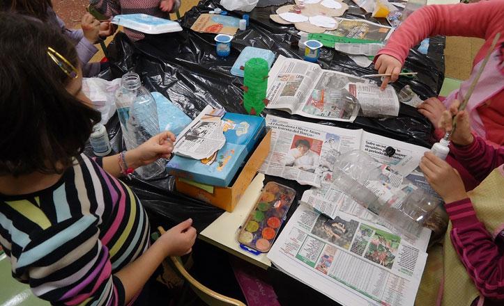 Los más pequeños de la Macarena aprenden a reciclar