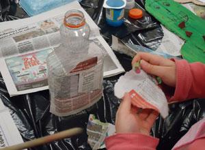 Los niños de la Macarena aprenden a reciclar