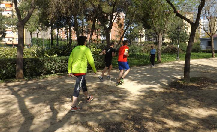 Usuarios del Parque Amate corriendo