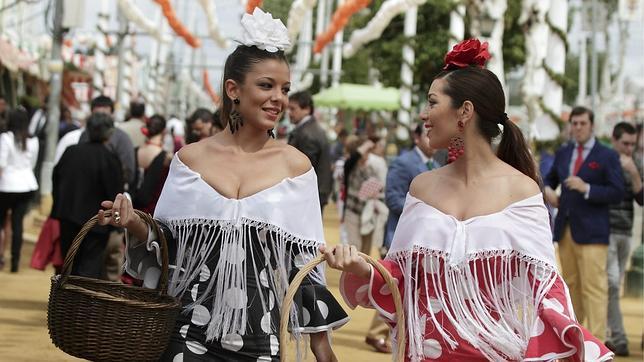 Flamencas por la Feria de Abril