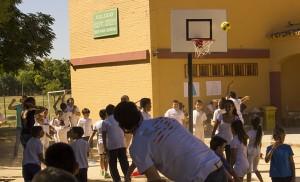 Uno de los juegos del campeonato deportivo del Corpus Christi