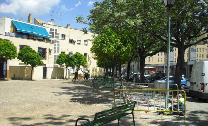 Instalan nuevas farolas en la barriada de La Corza