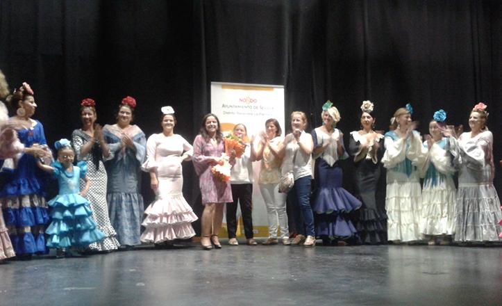 Momento de la gala de talleres socioculturales de Bellavista-La Palmera