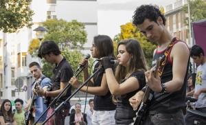Jóvenes rockeros en San Pablo