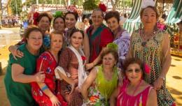 Miembros del taller de Castañuelas de San Pablo-Santa Justa
