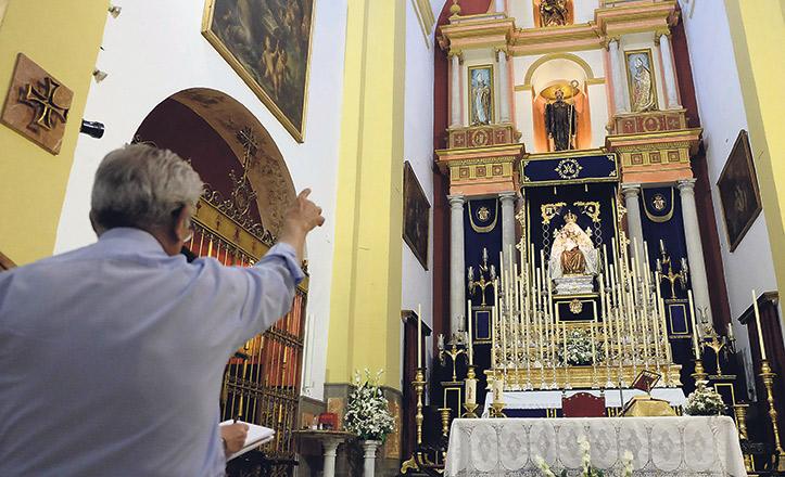 El altar mayor de la parroquia de San Benito