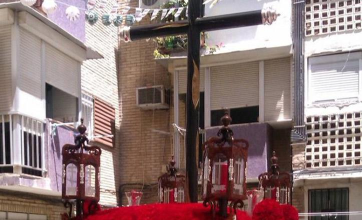 Nervión acoge la Velá Solidaria de la Hermandad de San Roque