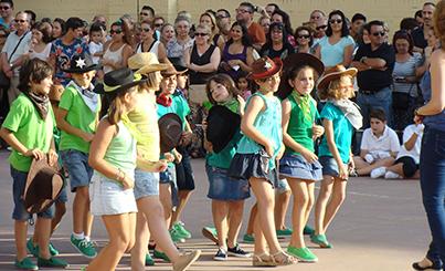 Momento de la Fiesta de Fin de Curso del CEIP Juan de la Cueva