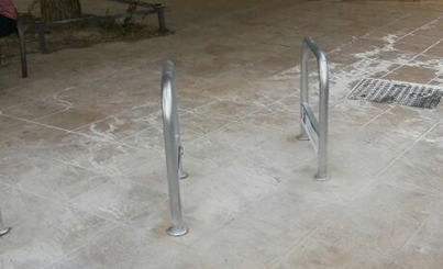 Detalle del flamante bicicletero del Centro Prada Rico