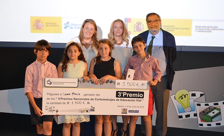 Los alumnos del St. Mary's School galardonados con la Tercera posición