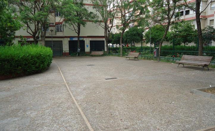 Actuación en el pavimento del Parque de Santa María de Lezama
