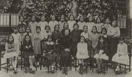 Una de las primeras promociones de las Escuelas Francesas en Sevilla