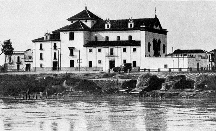 El Convento de los Remedios en torno al 1920, pocos años antes de ser convertido en Instituto Hispano Cubano