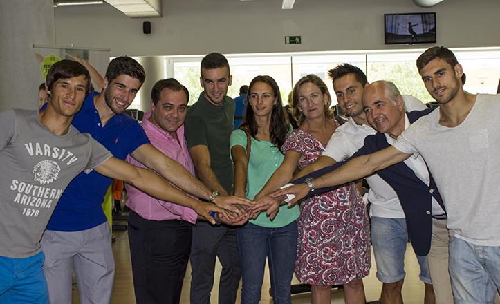 Los deportistas «con talento» junto a Mª del Mar Sánchez Estrella, Jaime Gross y Jaime Ruiz