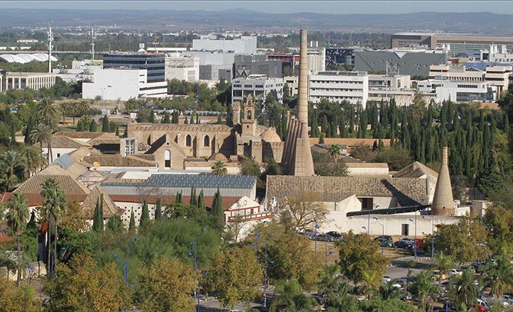 Vista aérea del Monasterio de la Cartuja, donde se pueden apreciar los hornos de la etapa como fábrica de loza / Rocío Ruz