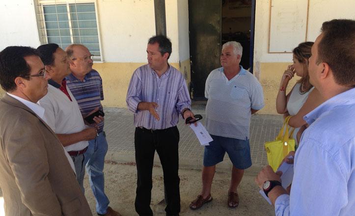 Espadas enmarca los tres años de mandato de Zoido en Pino Montano en el «engaño colectivo»