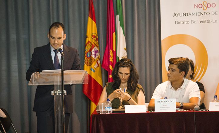 El Delegado del Distrito Bellavista-La Palmera, Rafael Belmonte, junto al Delegado de Participación Ciudadana, Beltrán Pérez