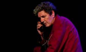 Antonio Dechent durante la representación de «La Voz humana»