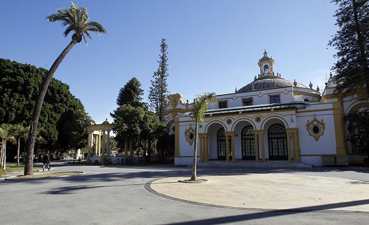 Los terrenos que hoy ocupa el Casino de la Exposición se corresponden con los del desaparecido Convento de San Diego / Raúl Doblado