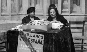 La condesa de Lebrija era una reconocida filántropa. En la imagen, recaudando dinero para las tropas de África con la venta de cigarrillos