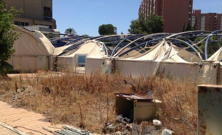 El PSOE denuncia el «abandono» de la piscina de Mar de Plata en Triana