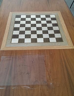 La «mesa», con la firma de Kárpov abajo en primer plano