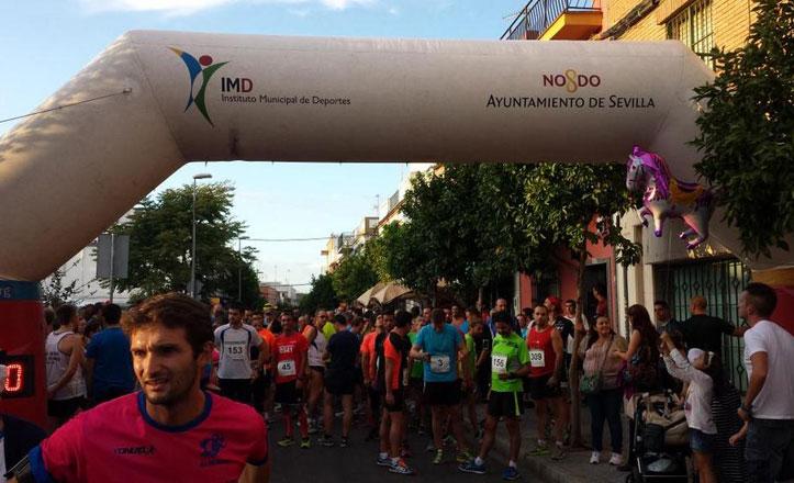 Más de 300 participantes en la I carrera popular nocturna de Bellavista