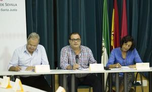 El delegado Jaime Ruiz junto al director y la subdirectora del Distrito / F. Piñero