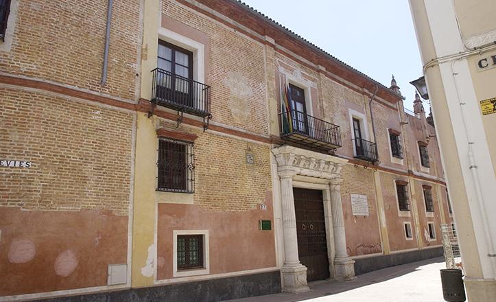 Palacio de la calle Levíes / J. M. Serrano