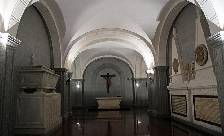 Vista general del Panteón de Sevillanos Iustres / V. Gómez