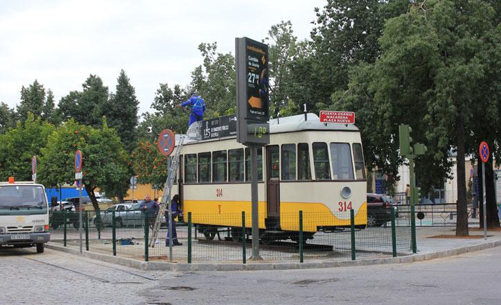 San Martín de Porres, la plaza que albergó las cocheras del tranvía