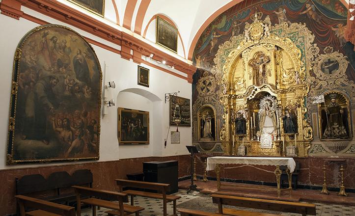 Retablo barroco de la capilla de la Orden Tercera, con el «inusual» San Ivo / Felipe Guzmán