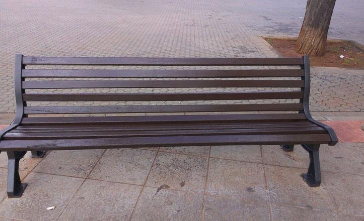 Mejoras en la plaza Generalife del Cerro-Amate