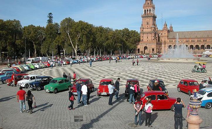 Concentración de 600 en la plaza de España