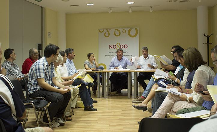 Momento de la Junta Municipal de Distrito Este-Alcosa-Torreblanca de octubre de 2014 / Fran Piñero