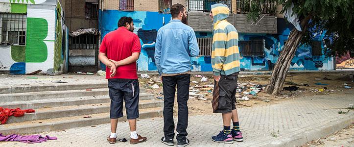 Seleka, Boris Hoopek y Francisco, un vecino de las Tres Mil.