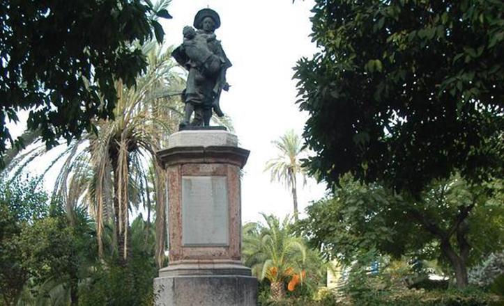 Monumento a Miguel de Mañara, en los Jardines de la Caridad de Sevilla